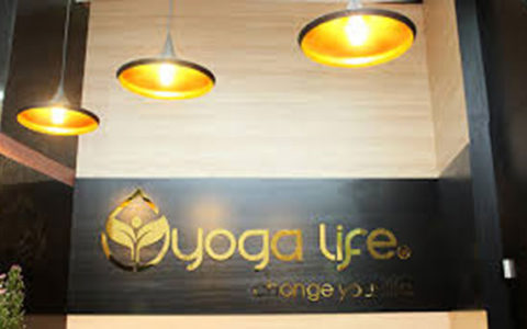 mẫu biển quảng cáo yoga